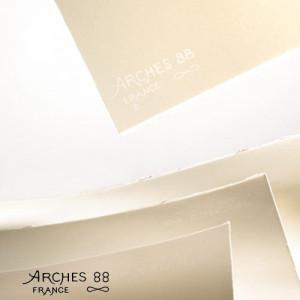 toenart-Hoja Arches88  300  gr, 56x76 cm, Blanco Natural