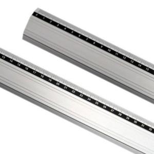 totenart-Regla aluminio antideslizante 20  cm.