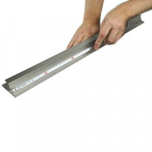 Regla de Seguridad de alumino antideslizante Victor Cutting Bars 150 cm