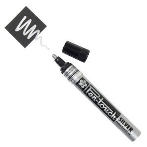 Totenart. Rotulador Plata Pen-touch medio Sakura