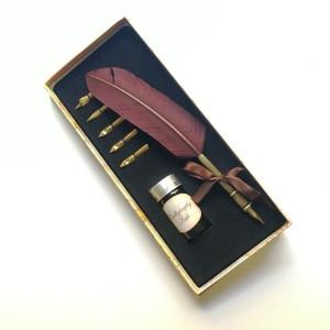 totenart - Set caja con pluma, tinta y 5 plumillas