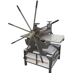 totenart-Torculo Grabado Azañon 70x120 cm. -aspas/manivela y reducción- Matorc