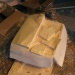 Inicia escultura caja con dinero Randall Rosenthal - Noticias totenart
