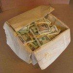 Formas y color escultura caja con dinero Randall Rosenthal - Noticias totenart