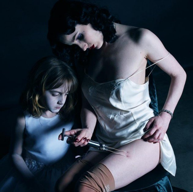 hiperrealismo-Gottfried-Helnwein-noticias-totenart