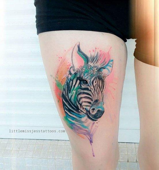 jess-hannigan-tatuaje-acuarela-noticias-totenart
