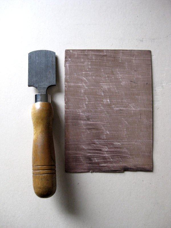 totenart-cabecera-herramientas-de-grabado-rascador
