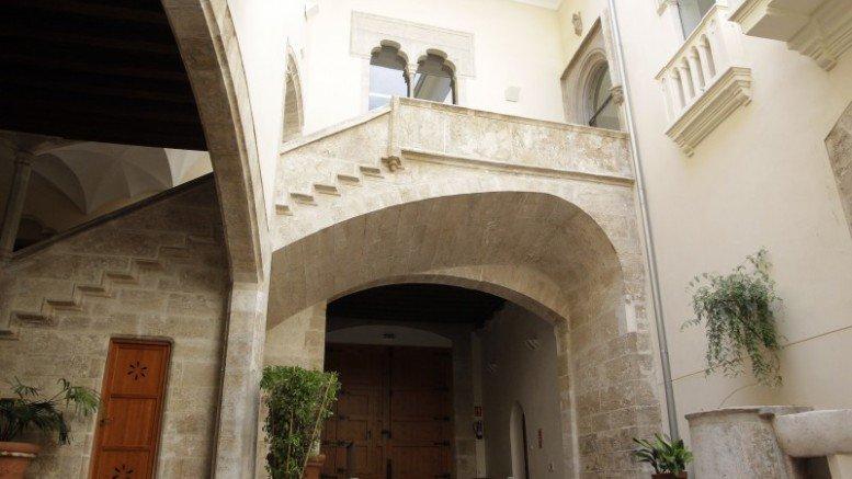 04-en-bou-palacios-gratuitos-totenart-valencia