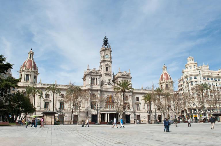 ayuntamiento-de-valencia-palacios-gratuitos-totenart-valencia