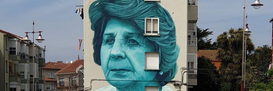 Mon Devane llena los muros gallegos de cultura