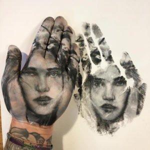 russell-powell-pintura-de-manos-totenart-